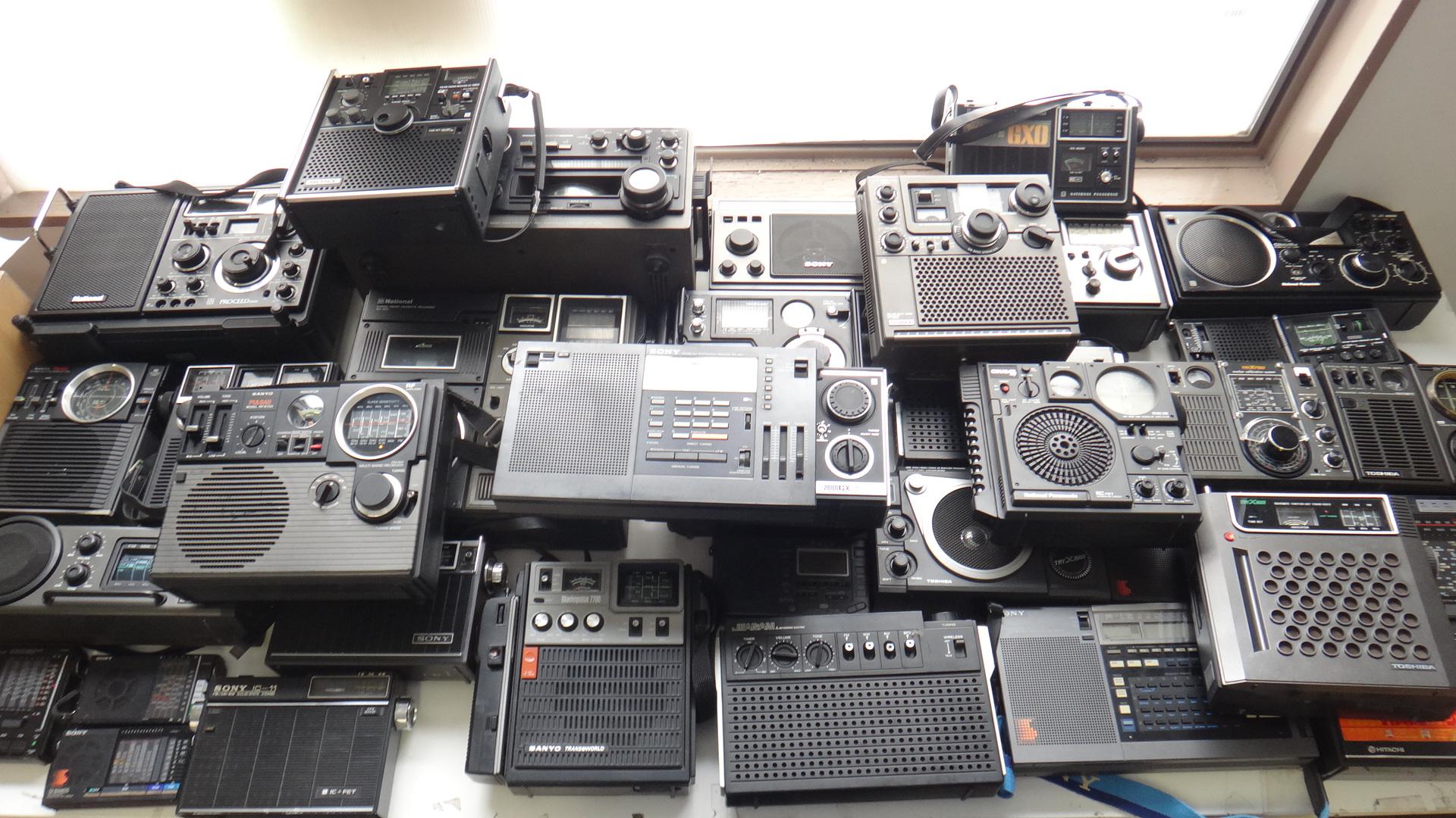DSC02514 短波ラジオなどラジオ76台を買い取りさせて頂きました。 当時からコツコツ集めら