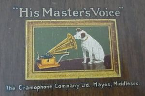 2 Gramophone社 His Master's Voice【棚